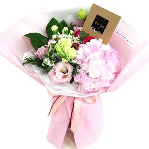 장미수국혼합꽃다발